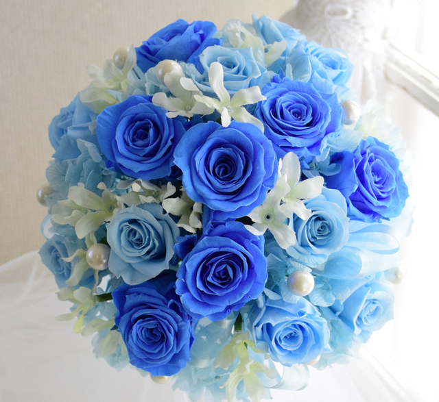 【保存版】「ブルー×ホワイト」ブライダルネイルでサムシングブルー♡