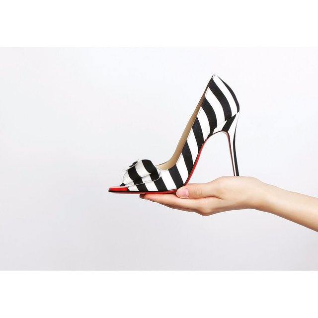 一度は外で履いてみたい!憧れのブランドヒール靴を紹介!