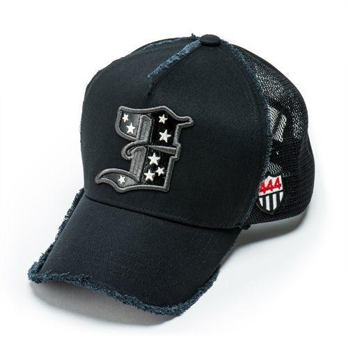 今年はキャップでキメる!スポーティな帽子コーディネートをご紹介