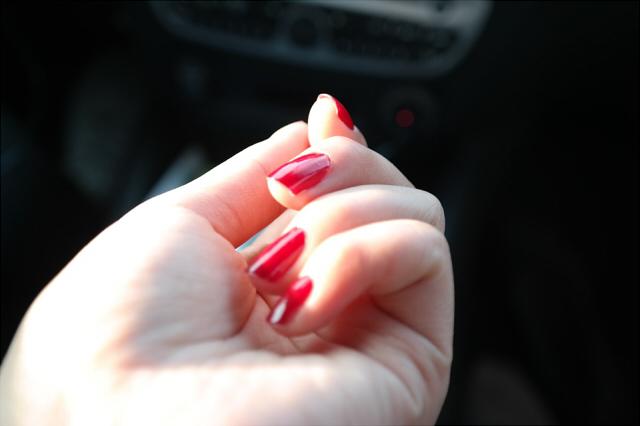 素爪に自信がない人必見!ポイントを押さえたネイルケアで美しい指先へ