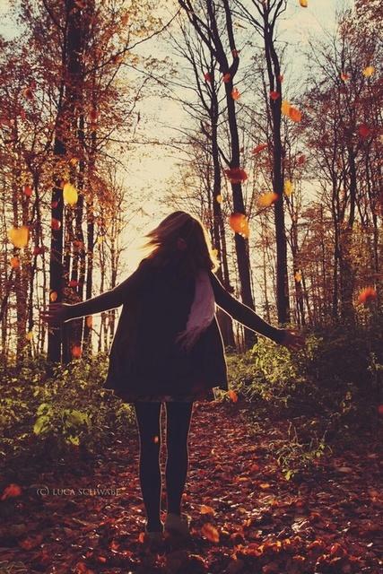 秋色フレンチネイルに今すぐチェンジ!定番デザインで季節を先取り★