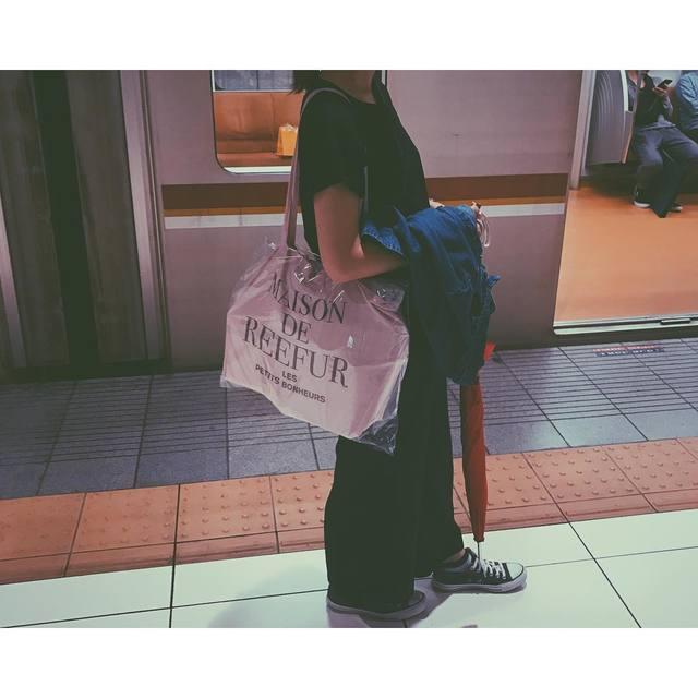梨花のプロデュースするメゾンド リーファーの人気のバッグとは