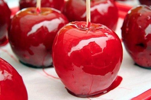 これからの季節が旬だよ♡真っ赤な「リンゴネイル」で甘くって可愛い私になりたいの♡