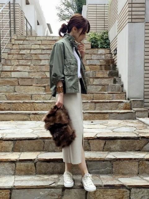 サラッと着こなす。ミリタリージャケットで秋のコーデは完璧!