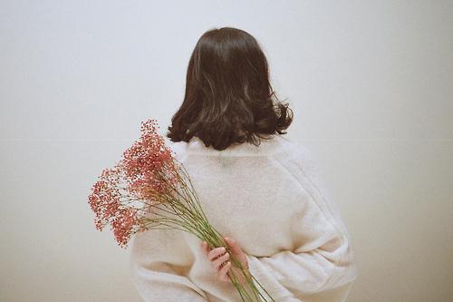 コスモス、キンモクセイ、彼岸花♡秋の花で彩るフラワーネイルをチェック