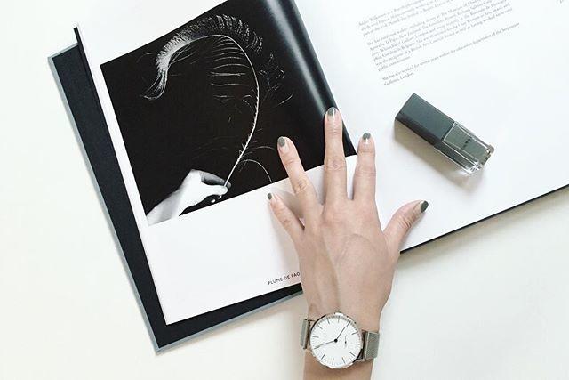 丸フレンチネイル | オフィスにぴったりのシンプルデザイン実例集
