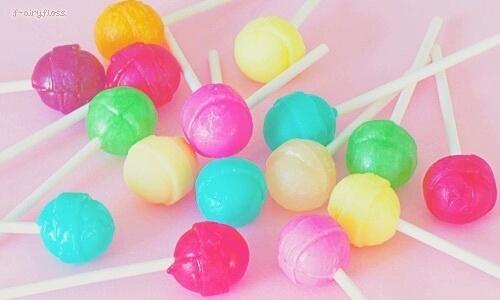 キャンディネイルが飴玉みたいでキュート♡大人POPなデザイン20選
