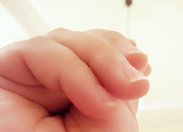 自爪を傷めずネイルオフする方法 | 頻繁にネイルチェンジする方必見!