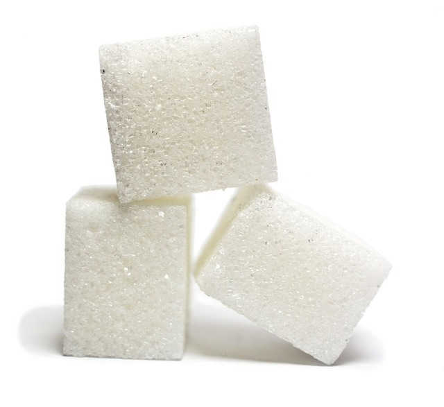 シュガーネイル / 塩ネイルって何?100均セルフ派にも人気のデザインの作り方