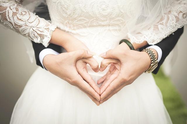 素敵なウェディングネイルのために…結婚式までにやっておきたいネイルケア