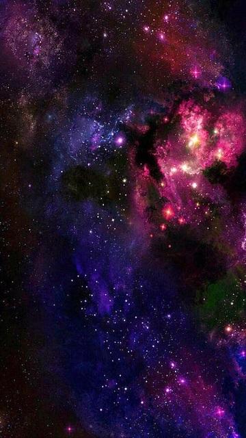 夜空モチーフの『星座ネイル』でロマンティックな世界観を♡