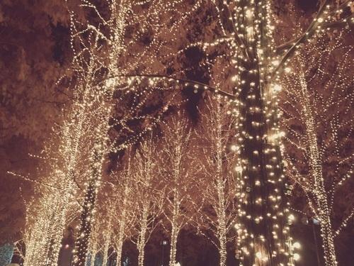 忘年会やデートに♡夜景に映える大人の冬ネイル大特集♡