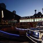 【360°画像あり】「メルセデス・ベンツ コネクション」Eクラス ステーションワゴンの発表会に世界最大リースが登場♡