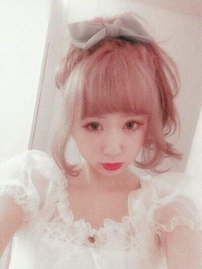 """モデル『AMOちゃん』の""""ゆめカワ""""ネイル大特集♡"""