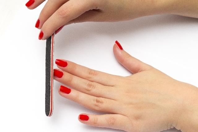 あなたに似合う爪の形の選び方