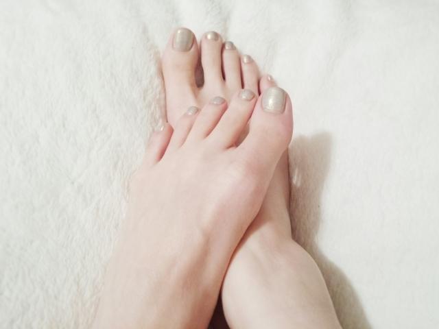 フットネイルを楽しむために知っておきたい!足の爪を綺麗に育てる方法