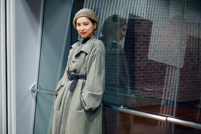 現役モデルのラブリさんが語るファッションや体型維持、憧れの女性像とは
