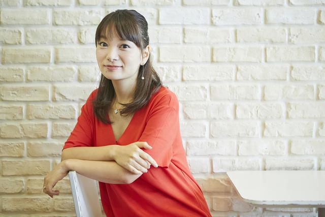 保田圭が語る『モーニング娘。』に入って学んだことや母親になる実感とは