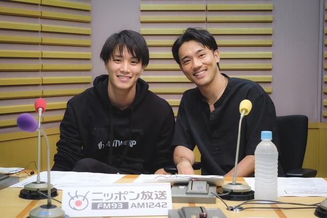 小澤雄太と鈴木伸之が無人島に一つ持っていくものや特別企画「WE LOVE 小澤」について語る