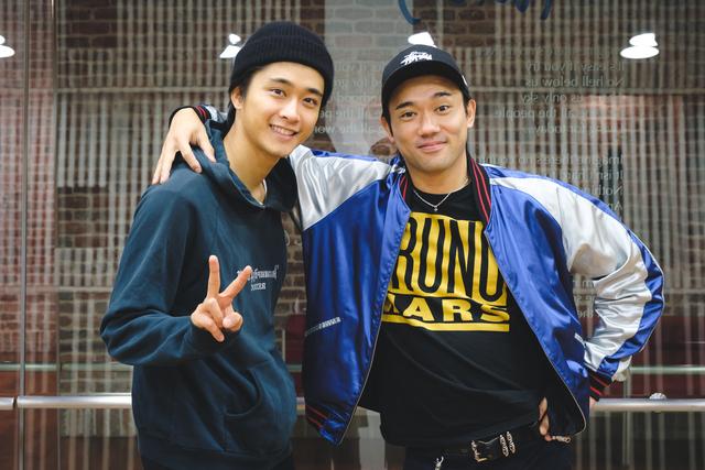 小澤雄太と佐藤寛太がリスナーからの質問や桃太郎の配役について語る