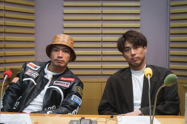 小野塚勇人とSWAYが、舞台での裏話やリスナーから届いたYou Tubeの企画について語る