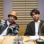 小野塚勇人とSWAYが、リスナーから寄せられた相談や好きなカップ麺について語る