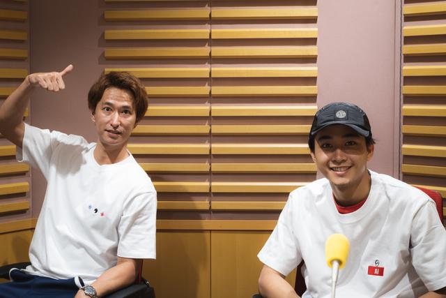 秋山真太郎と佐藤寛太が、自粛後のスタジオ収録でリスナーの質問に答える