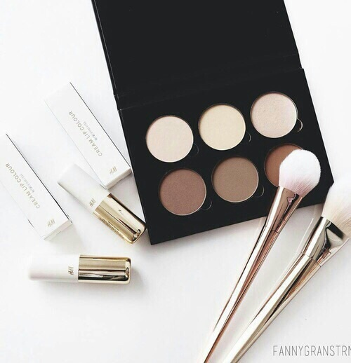 Sleek aesthetic contour pallet- Follow @allikitty for more!! by Princesse | We Heart It (1220)