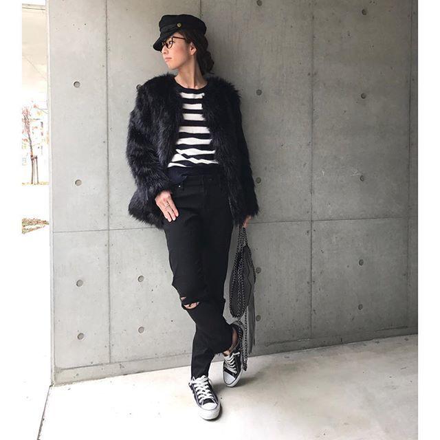 Instagram (15930)