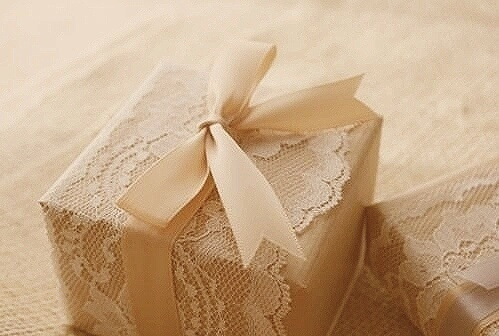 Lace-Wrapped Loveliness   Inspirations _ Creations - Elizabeth Anne Designs: The Wedding Blog by Hei   We Heart It (497434)