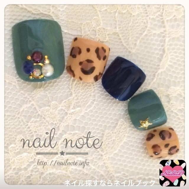 nailnoteさんのソフトジェル,緑,フットネイル♪[663616]|ネイルブック (483603)