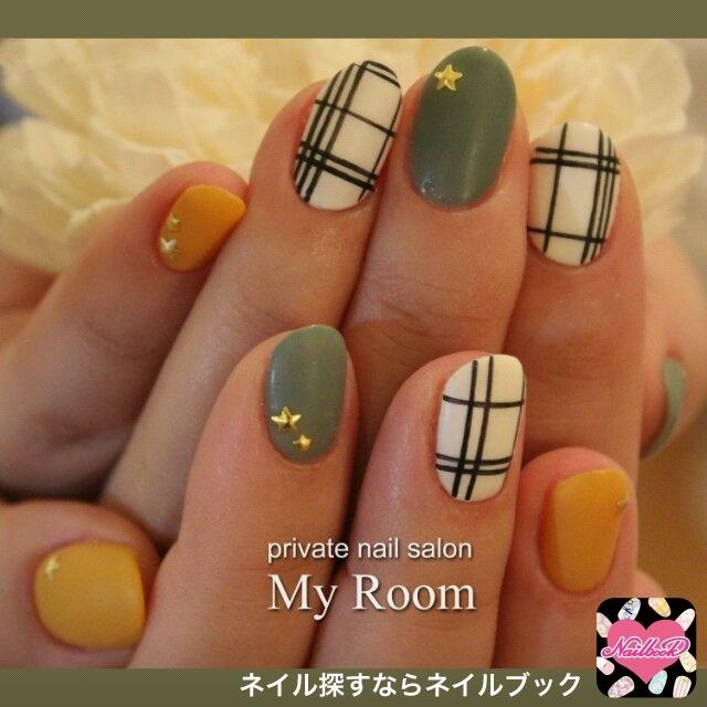 my_roomさんのソフトジェル,ミディアム,緑ネイル♪[1118970] ネイルブック (484252)