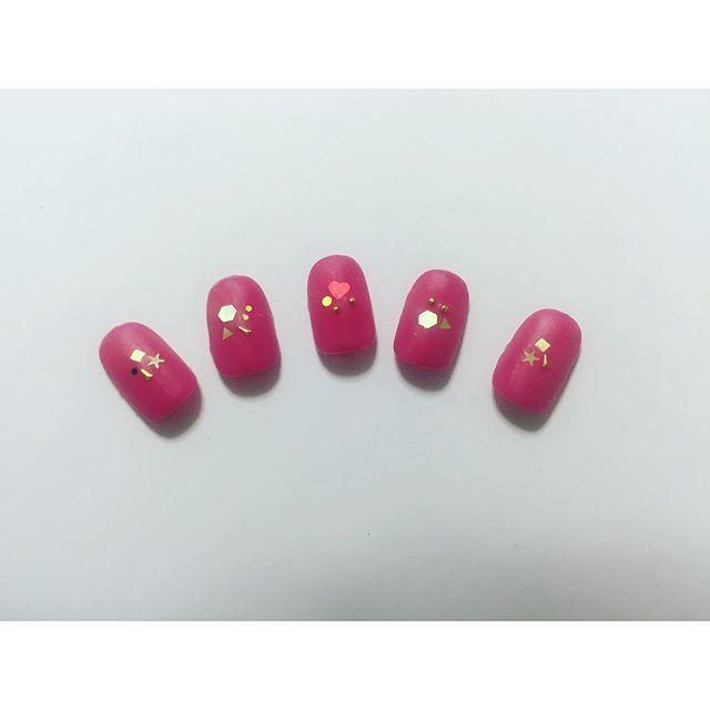ワンカラーのローズピンクネイル♡