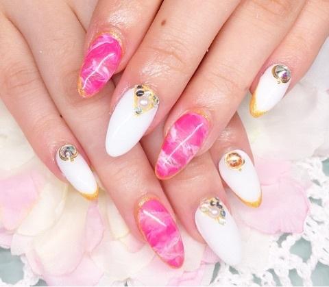 ホワイト&ピンク▼