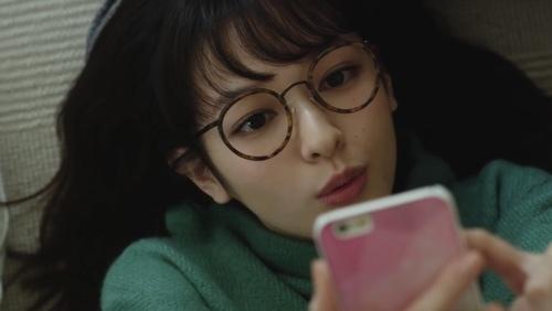森絵梨佳 メガネがかわいい antenna* 「パクチー」篇 - カワろぐ (510533)
