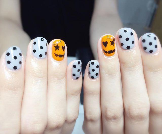 かぼちゃのイラストに、ドット柄をチョイス*