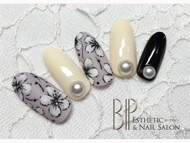 ニュアンスフラワーネイル / BIP (BIP Esthetic&Nail Salon) のネイル - ネイルクルー (477838)