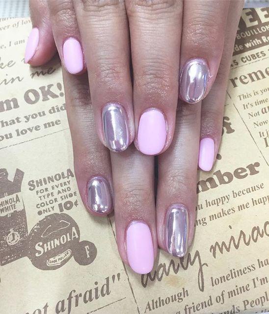 ピンクカラーのマットネイルが可愛らしい♡