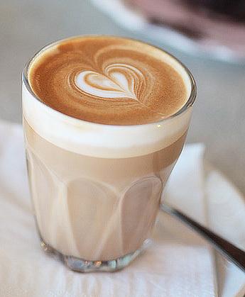 Sıcak bir kahve kime iyi gelmez ki?  by ɴᴇᴊʀᴀ   We Heart It (480695)