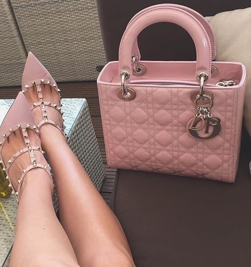 Pink shoes and handbags    We Heart It   pink, fashion, and bag (511013)