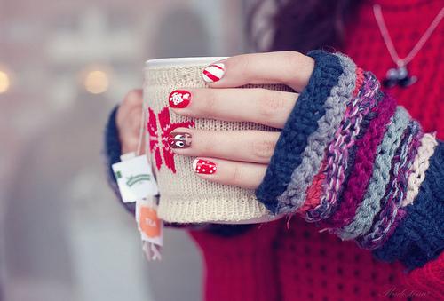 Warmfully nice Decalz - Carol Ri Vodpod | Lockerz | We Heart It | winter, nails, and christmas (516910)