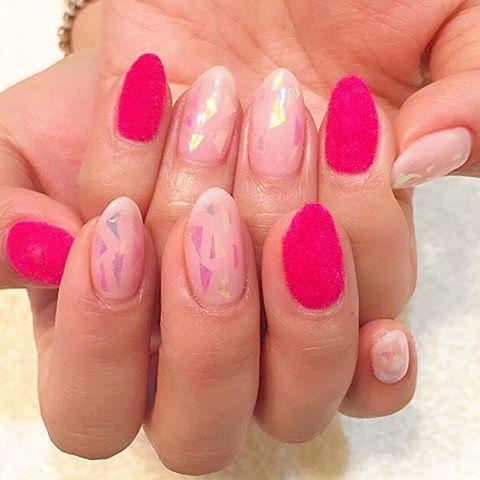 ピンクカラー+オーロラネイル♡