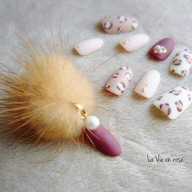 ピンク+ホワイトカラーの王道かわいいカラー*