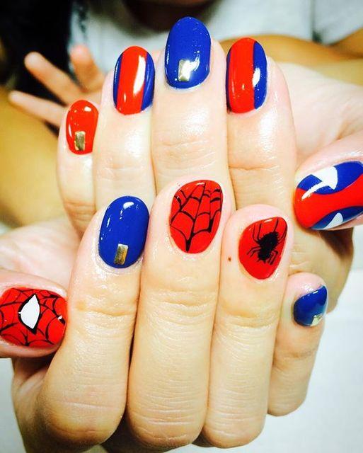 スパイダーマンの網ネイル♡